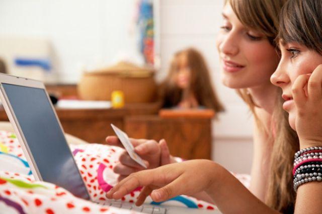 Исследование показало, сколько украинцев ежедневно «зависает» вweb-сети