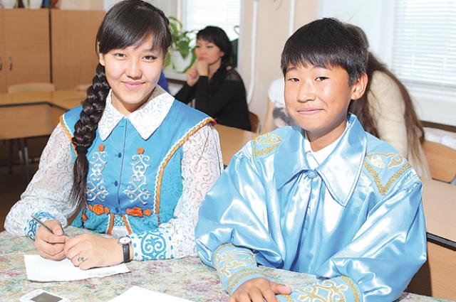 В школах Хакасии в текущем учебном году из 9150 детей-хакасов 7066 изучают родной язык.