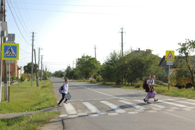 ГИБДД Казани ищет водителя, сбившего 10-летнего ребенка водворе жилого дома