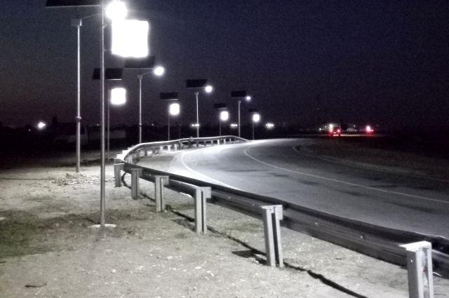 Опасный поворот натрассе Волгоград— Сальск вВолгоградской области осветили