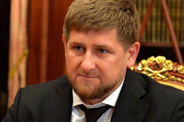Кадыров устроит превосходный футбольный матч вчесть дня рождения Владимира Путина
