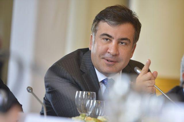 Саакашвили объявил, что отставка Порошенко спасет Украинское государство