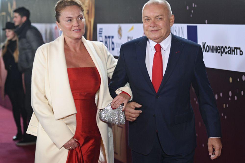 Генеральный директор МИА «Россия сегодня» Дмитрий Киселев ссупругой Марией.