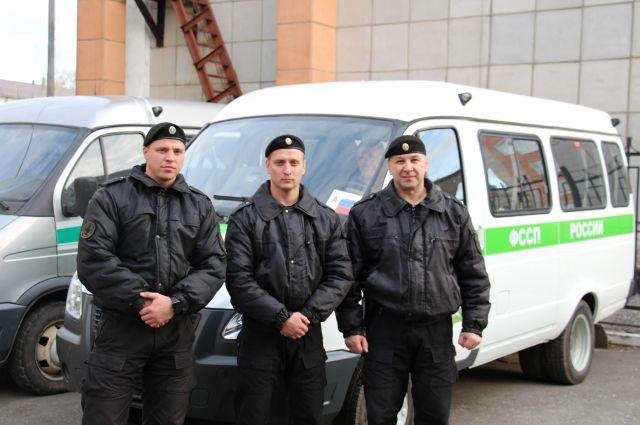 Работники ФССП оказали помощь пострадавшим в трагедии натрассе под Добрянкой