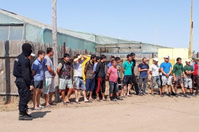 Безработный из Тюмени сделал бизнес на прописке