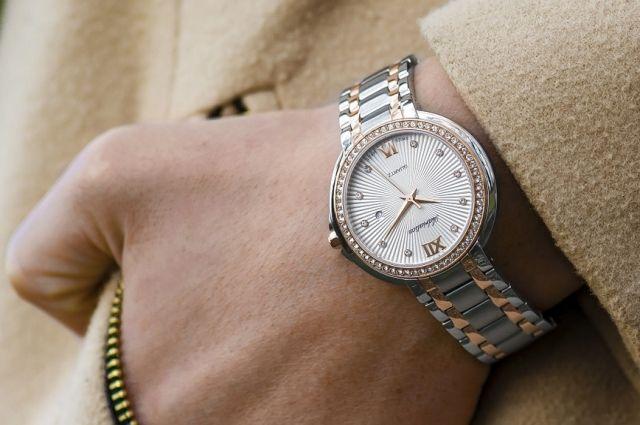 Дорогостоящие часы были найдены натаможне утуриста вВыборге