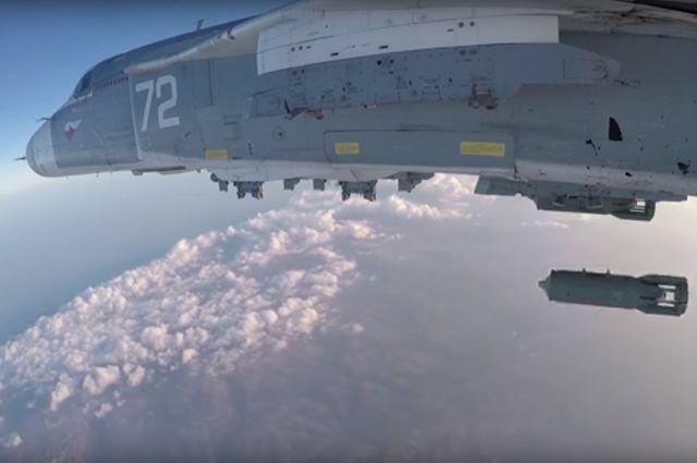 Разрушение ВКСРФ крупного арсенала «Джебхат ан-Нусры» лишает группировку боеспособности— специалист