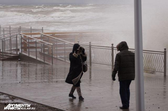 На Балтфлоте объявлена штормовая готовность из-за волнений моря в 5 баллов.