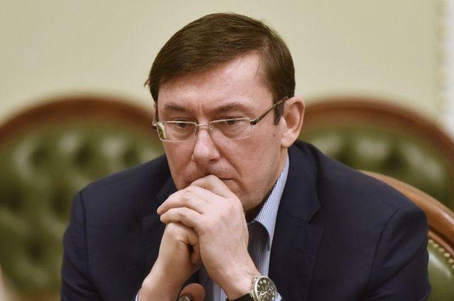 Луценко пообещал меньше привлекать силовиков к обыскам