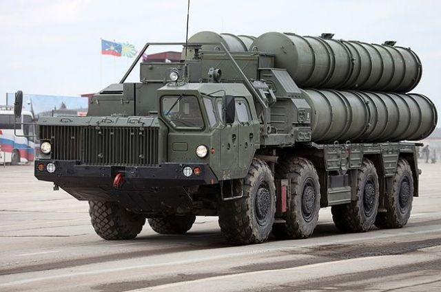 Русская зенитная ракетная система С-400 беспокоит США