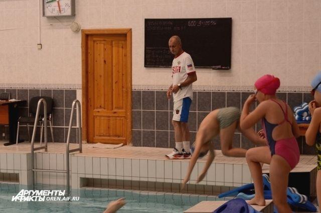 В области не хватает бассейнов, а те, что есть не соответствуют требованиям времени.