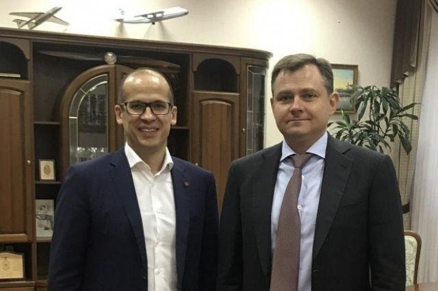 Александр Бречалов с президентом ОАК Юрием Слюсарем.