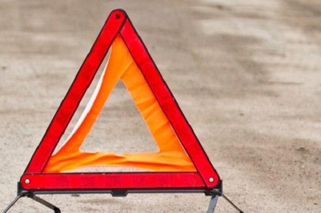ВКиеве автомобиль с сыном упал смоста