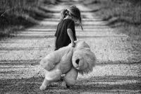 Детей нельзя вовлекать в развод – это дело только двоих людей.