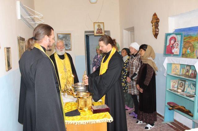 Висправительных учреждениях Якутии проходит «Неделя молитвы»