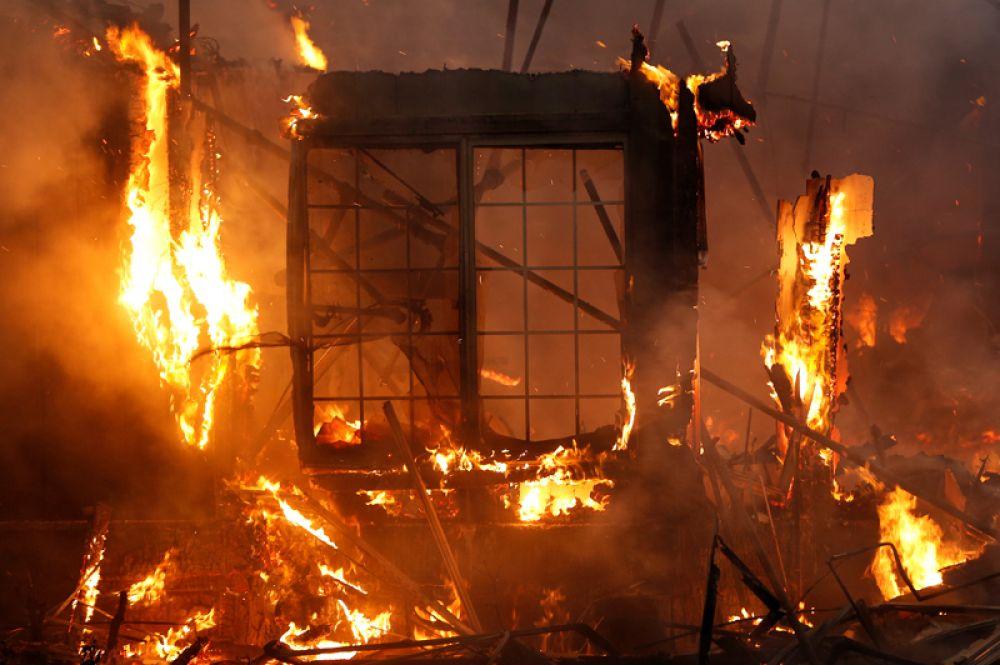 Пожар в городе Санта-Роза.