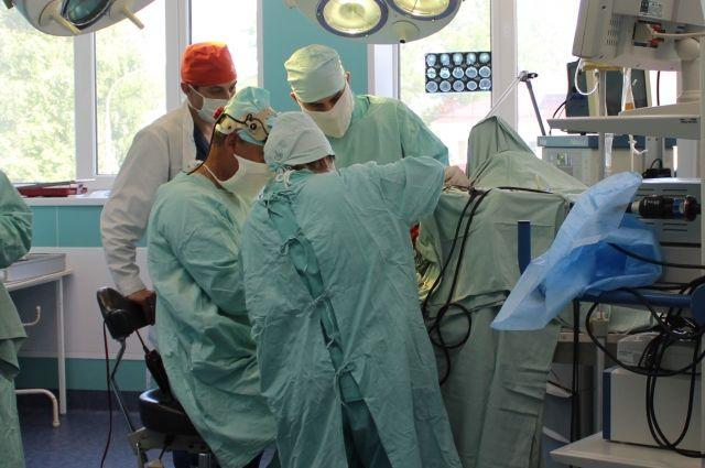 Нейрохирурги помогли женщине избавиться от боли.