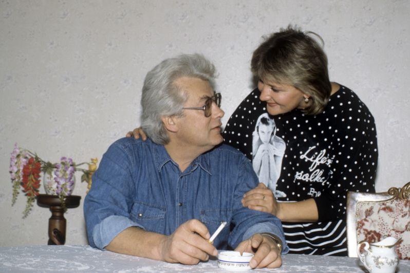 Аллан Чумак дома с женой Светланой. 1991 год.