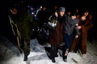 Во время обмена пленными в феврале 2015 г. 52 ополченца ДНР и ЛНР были обменены на 139 украинских военнослужащих. Граждан России украинская сторона в список обмена не включает.