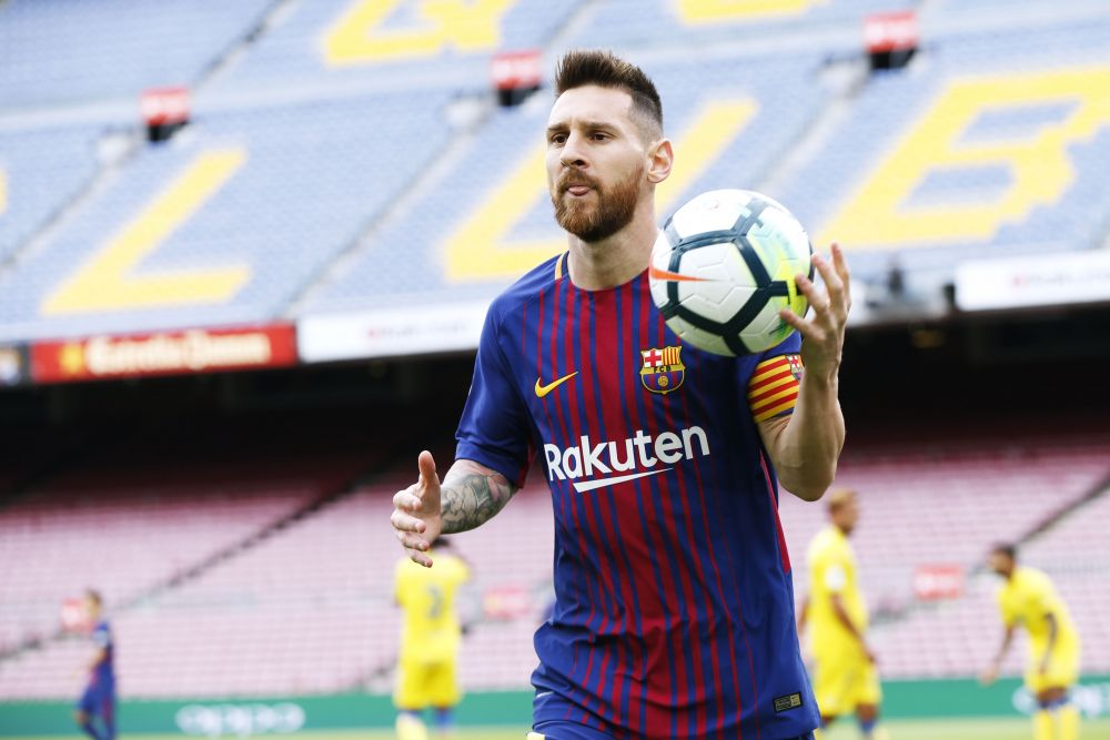 Лионель Месси. Лидер сборной Аргентины и «Барселоны», пятикратный обладатель «Золотого мяча».