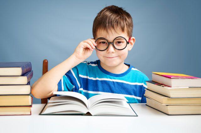 87c62aaa27c7 Очкарики за партой. Как сохранить и улучшить зрение школьника ...