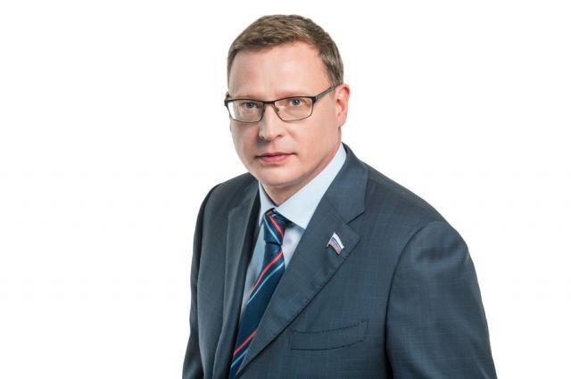 Новый омский губернатор уже проводит встречи с местными элитами.