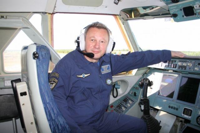 Олег Попов: наш экипаж всегда готов вылететь туда, где случилась беда.