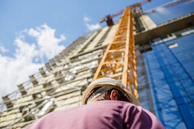 ВКисловодске строитель скончался после падения смансарды девятиэтажки