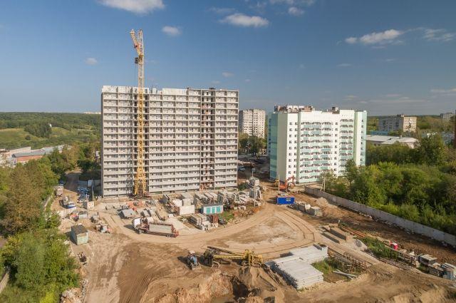 Будущие жильцы квартир смогут своими глазами увидеть ход строительства, оценить планировки квартир и виды из окон, а также задать все интересующие вопросы специалистам строительной компании.