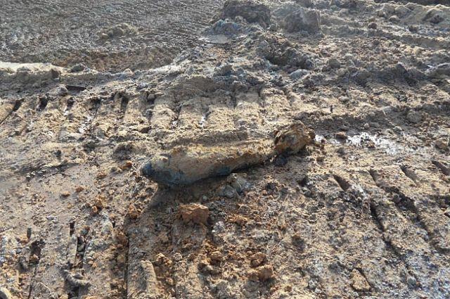 ВКолпино раскопали боевой снаряд времен ВОв
