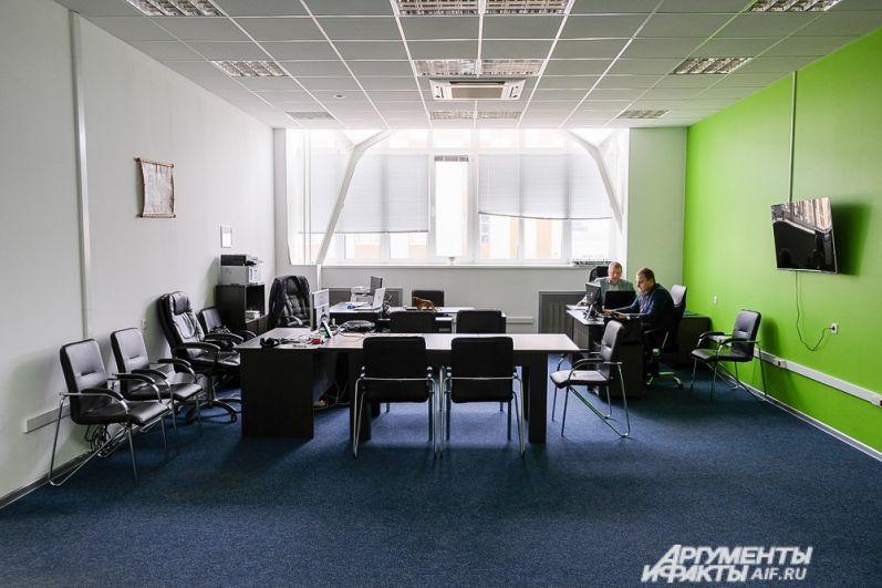 Некоторые помещения уже заняты резидентами технопарка и офисами крупных компаний.