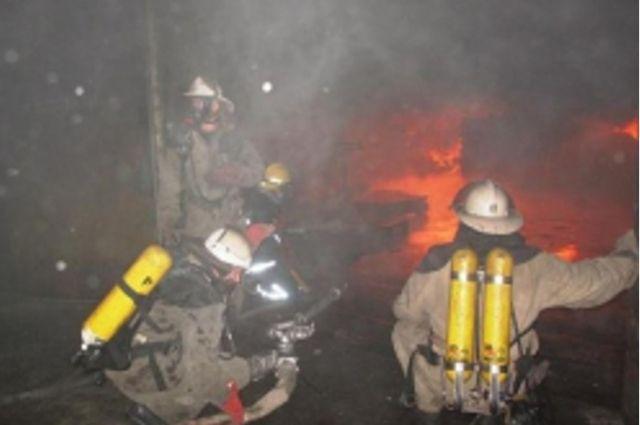 Пожар в коммерческом  центре вЧехове потушили