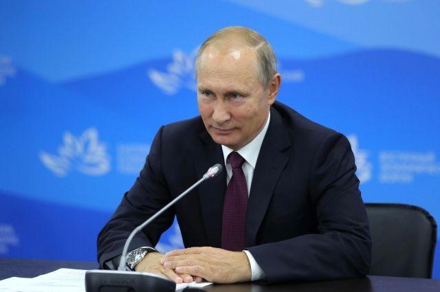 Владимир Путин прилетел вВоронеж