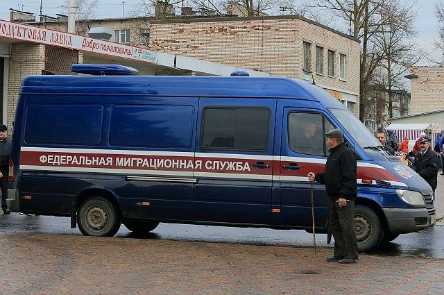 Руководство вновь продлило сроки упразднения ФМС иФСКН