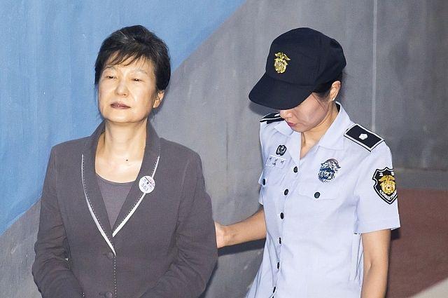 Срок ареста экс-президента Южной Кореи продлили на полгода