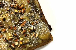 Брауни - один из самых вкусных и самых калорийных десертов.