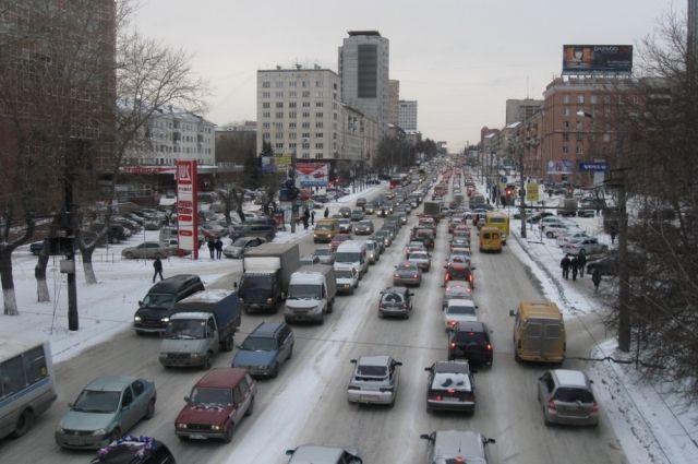 Руководитель Челябинска предложил ограничивать движение авто после жалоб насмог