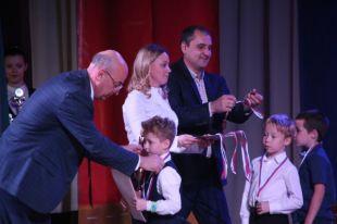 В столице Кузбасса наградили юных футболистов.