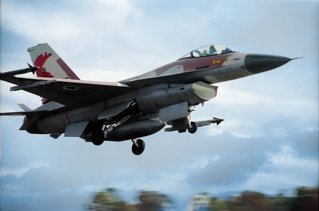 ВВС Израиля уничтожили батарею ПВО вСирии