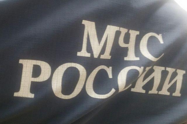 Как рассказали в ГУ МЧС по Пермскому краю, сообщение о возгорании на шахте по добыче калийной соли в г. Соликамске поступило в 12.38. К месту вызова выехали пожарно-спасательные подразделения, сотрудники полиции, медики скорой помощи, работники электрических сетей.