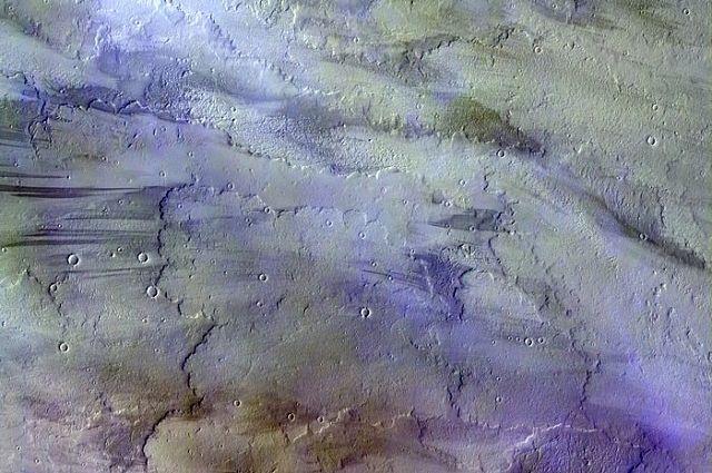 Зонд ExoMars сказал наЗемлю цветную фотокарточку облаков наМарсе