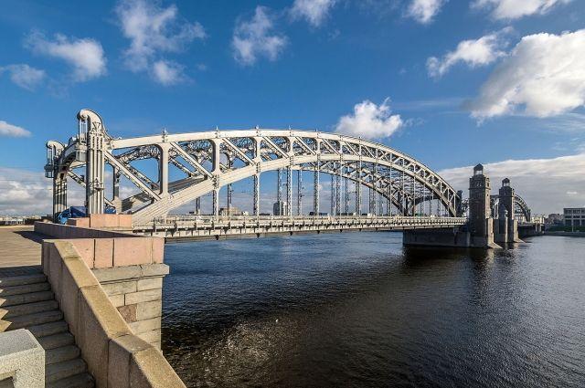 Выяснилось, когда наБольшеохтинском мосту появится реверсивное движение