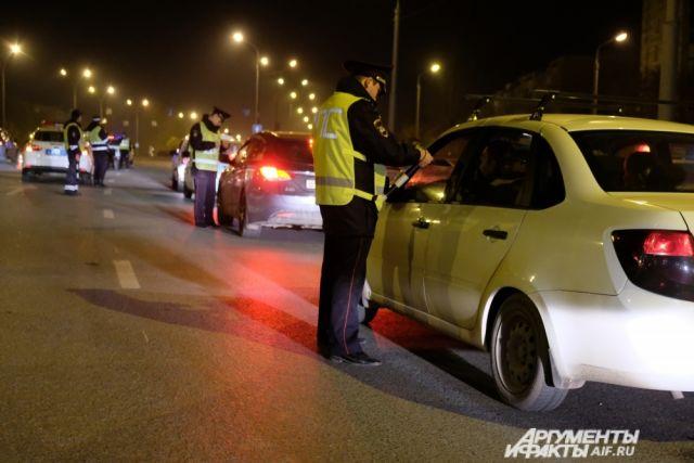 В общей сложности  инспекторы выявили  16 290 нарушений правил дорожного движения.