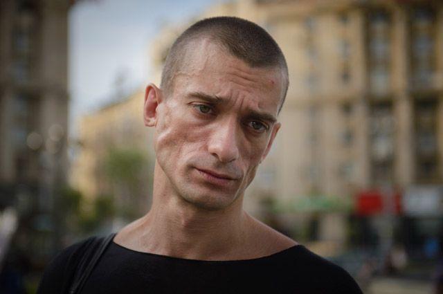 Пушков подсказал Павленскому, кчему также можно себя прибить