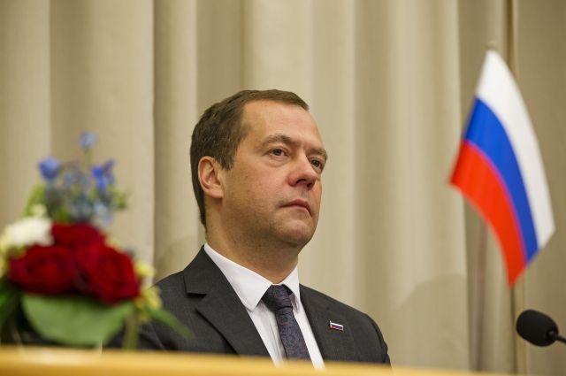 Медведев подписал распоряжение осоздании инновационного кластера вПетербурге