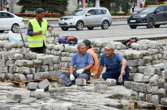 «Если бы мы приглашали для строительства и ремонта дорог западных специалистов, учились их опыту, то у нас давно бы строились дороги по европейским аналогам».