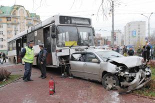 88% водителей до совершения ими аварий привлекали к административной ответственности пять и более раз.