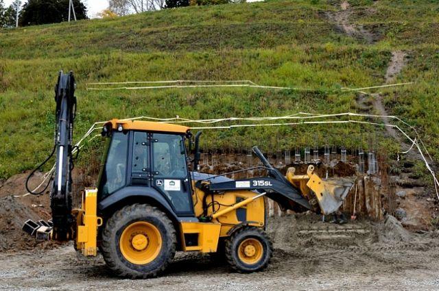 Строительство второй лестницы в Нагорный парк