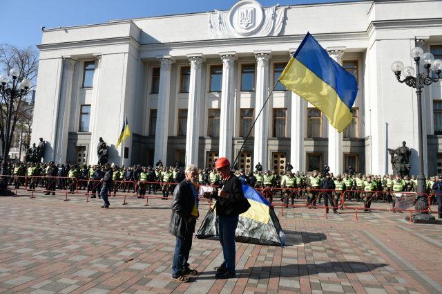 Сенатор Морозов: идет «майданизация» украинской политики