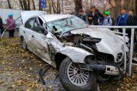 На Харьковской пьяный водитель иномарки вылетел на тротуар возле школы